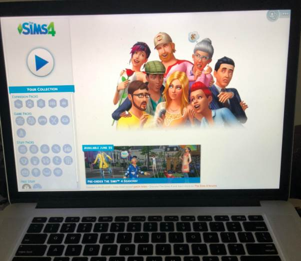 Image of Sims 4 Playing on Laptop