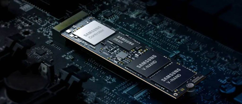 CGI of Samsung 980 EVO NVMe SSD Showing the inside